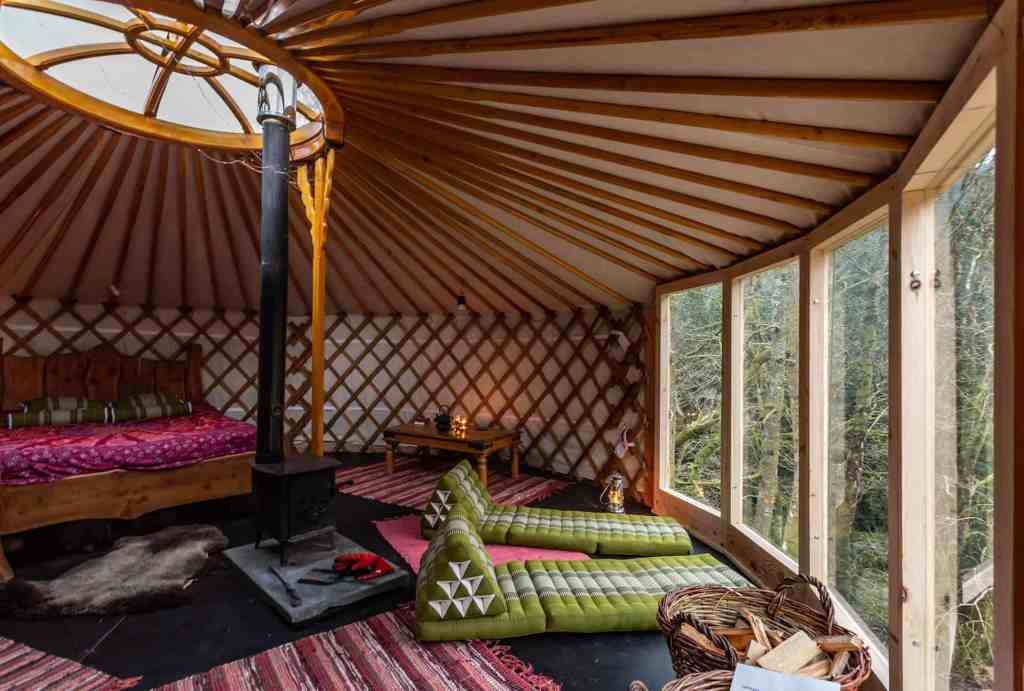 sustainable glamping sites in the UK eco retreats