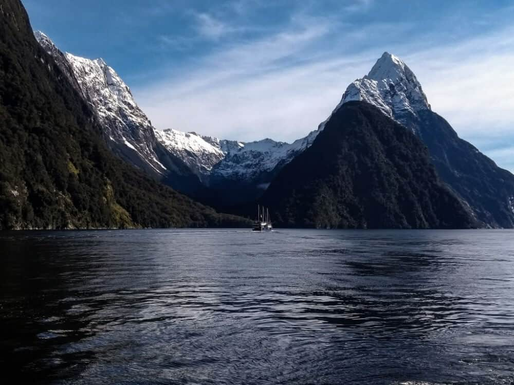 Milford sound in winter - the cruise boat