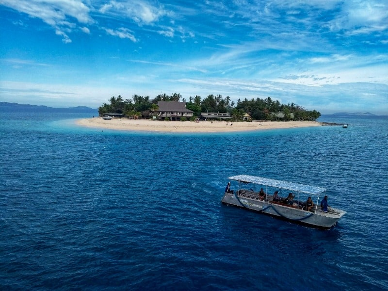 Go island-hopping on your Fiji two-week itinerary