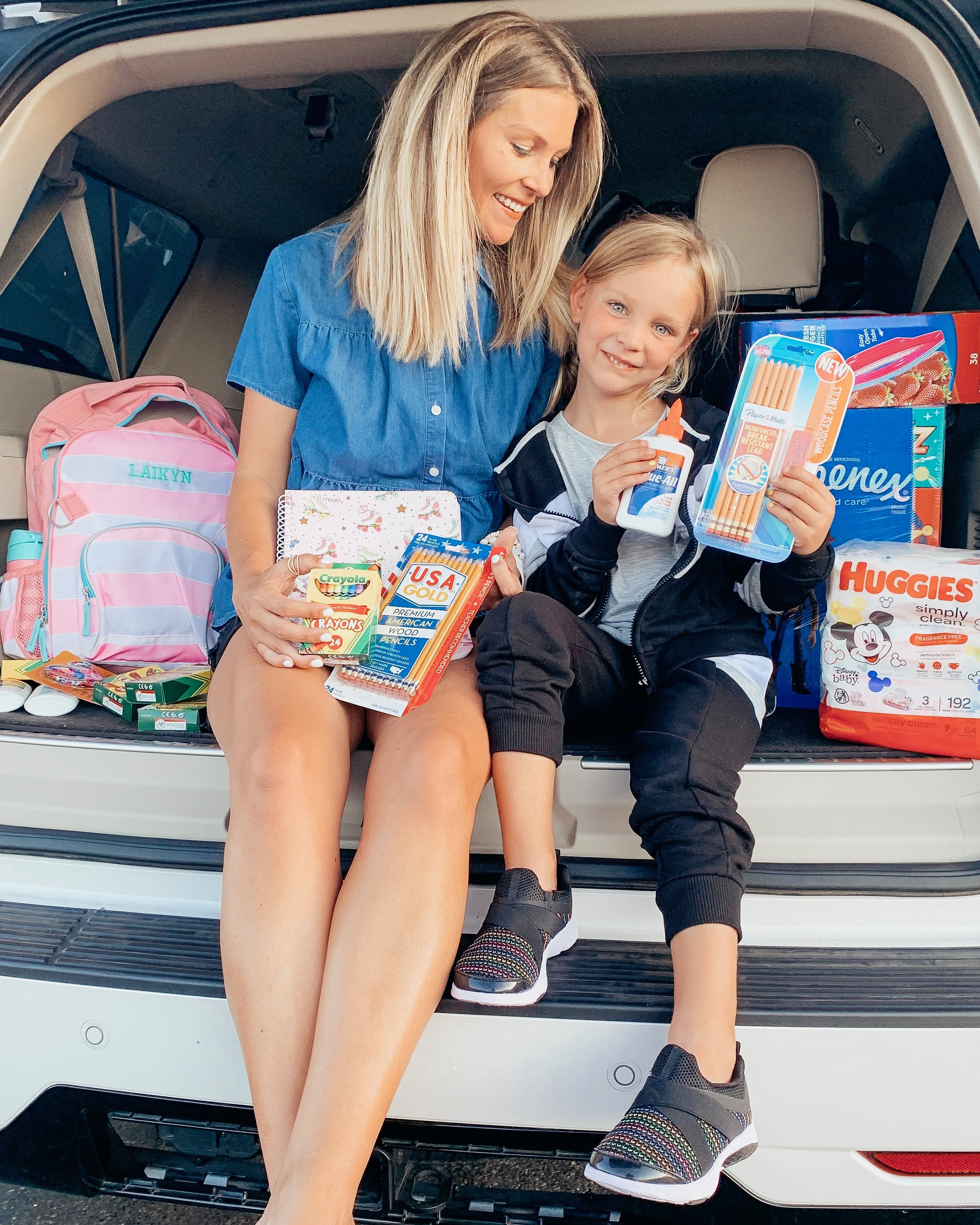 Life and stye blogger Ashlee Nichols shares affordable school supplies to be Kindergarten ready.