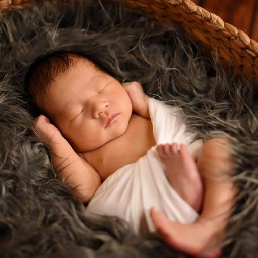 BL C newborn 6269