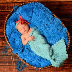 BL A newborn 7869