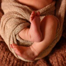 BL A newborn 7885