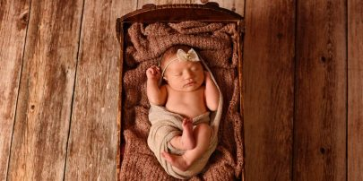 BL A newborn 7889