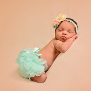 BL A newborn 9821