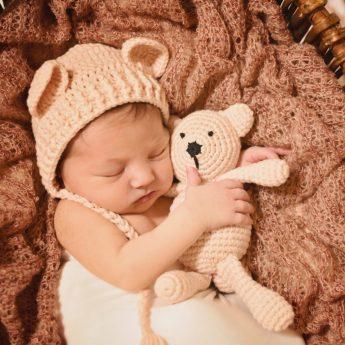 BL V newborn 7146