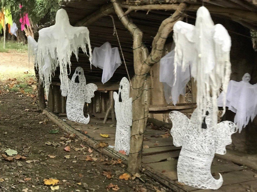 Halloween Train ghosts