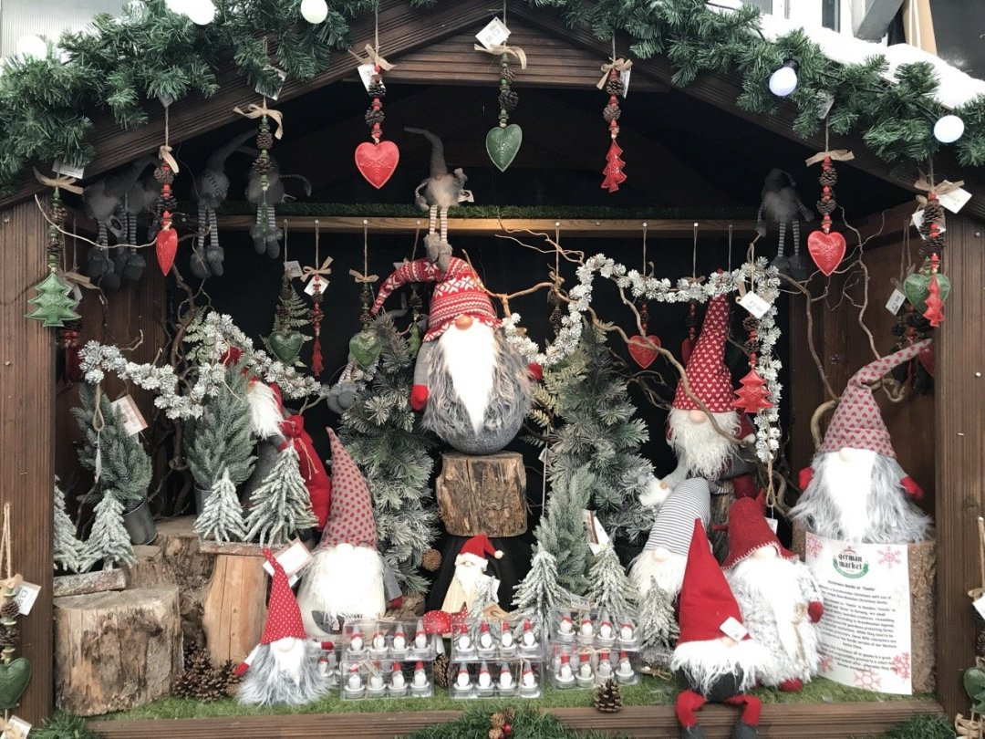 Christmas German Market in Essex - elves