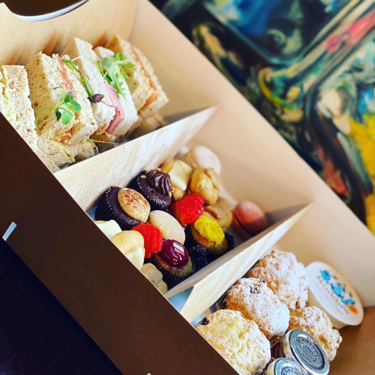 Afternoon tea delivery from French martini