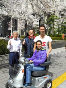 With the team of Marudai Motor Company in Tokyo