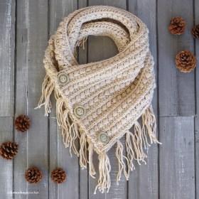 Malia Buttoned Cowl | Winter Fringe Cowl Crochet Pattern by Little Monkeys Crochet | Malia CAL 2017