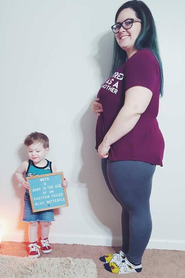 week 9 first trimester baby bump