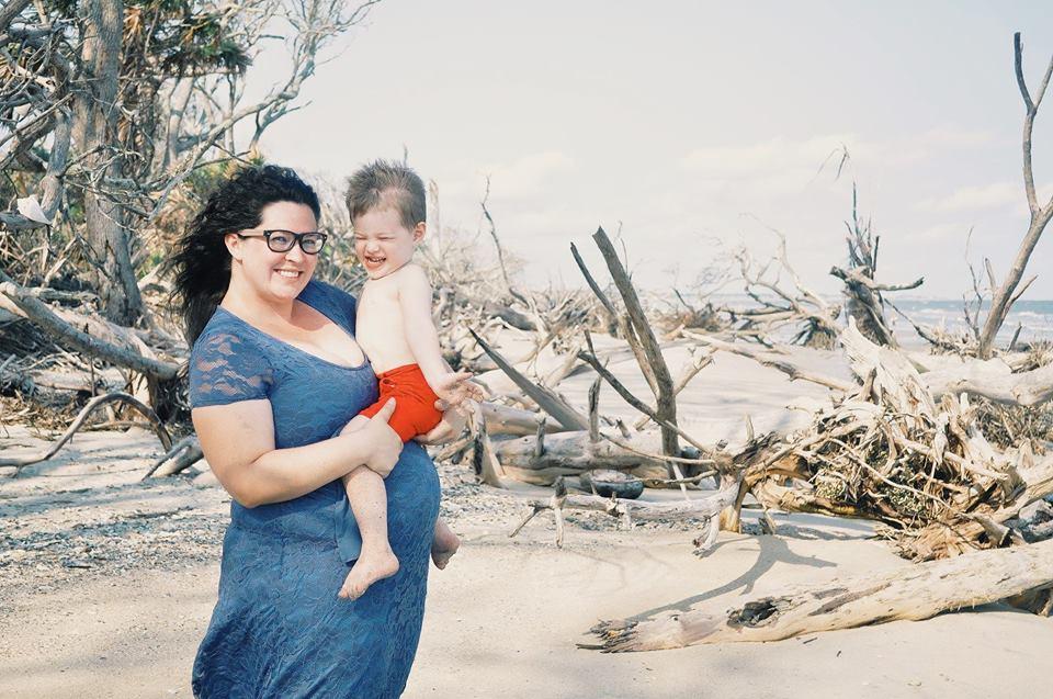 shoppinkblush-botany bay-maternity photo shoot-beach maternity