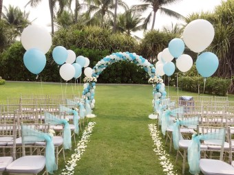 wedding helium balloons