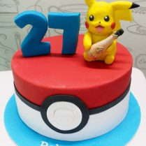 pikachu-and-pokemon-cake