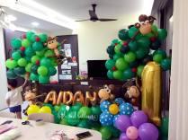 Monkey Themed Balloon Decor