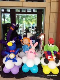dibo-the-gift-dragon-balloon-sculptures