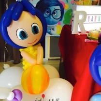 inside-out-joy-balloon-sculpture
