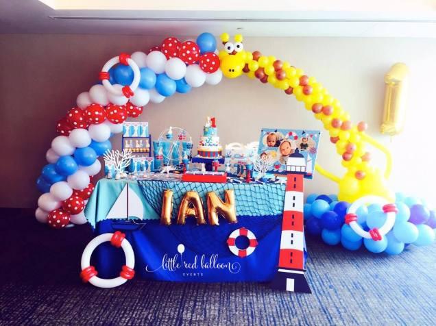 nautical-balloon-arch-singapore