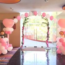 wedding-helium-balloon-arch