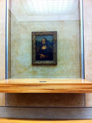 The most popular piece of art inside Le Louvre.