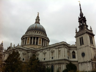 St. Paul's Cathedral, where Prince Charles and Princess Diana got married (not Westminster Abbey).