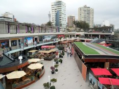 Lima - Larcomar, cliff side shopping centre.