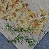 {Spontane Gäste} Knuspriges Last-Minute-Pizzabrot