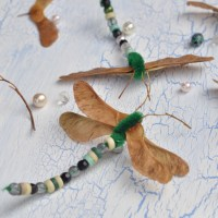 Libellen basteln - Kreativ mit Naturmaterial