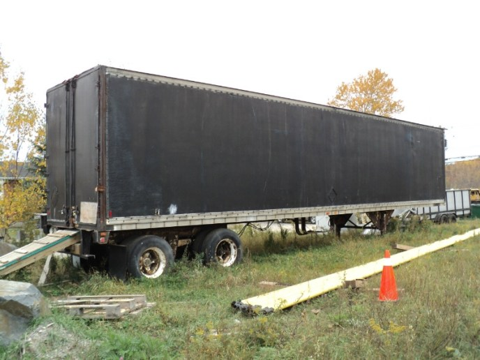 US Trailer Rental Sales Lease and Storage Buys Rents and Repairs All Commercial Trailers Reefers Flatbeds and Dry Vans image_20171206_043908_330