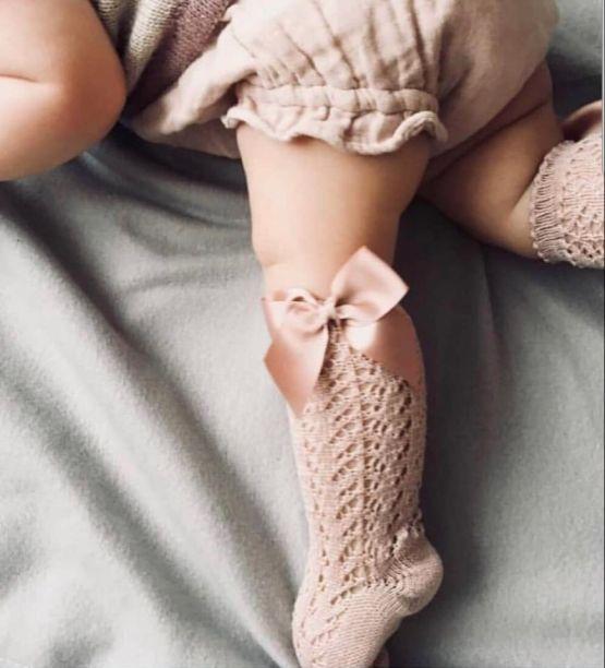 Șosete înalte din tricot cu fundă laterală, roz pudră, Condor