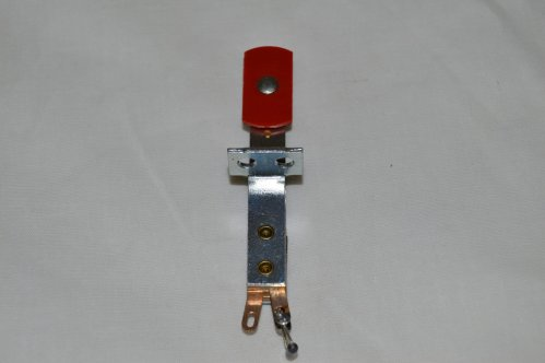 Target Switch Red Oblong Front mt A-18530-4