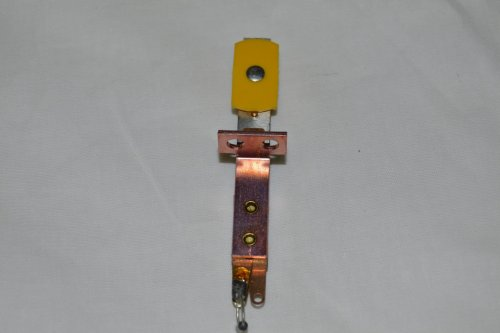 Target Switch Yellow Oblong Front mt A-18530-6