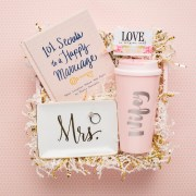 wifey-wow-box-gift-basket-mrs-trinket-tray-happy-mariage-book-101-love-hair-ties-travel-tumbler-engaged-bride-to-be-wife-just-married-montreal-canada-toronto-va-little-shop-of-wow