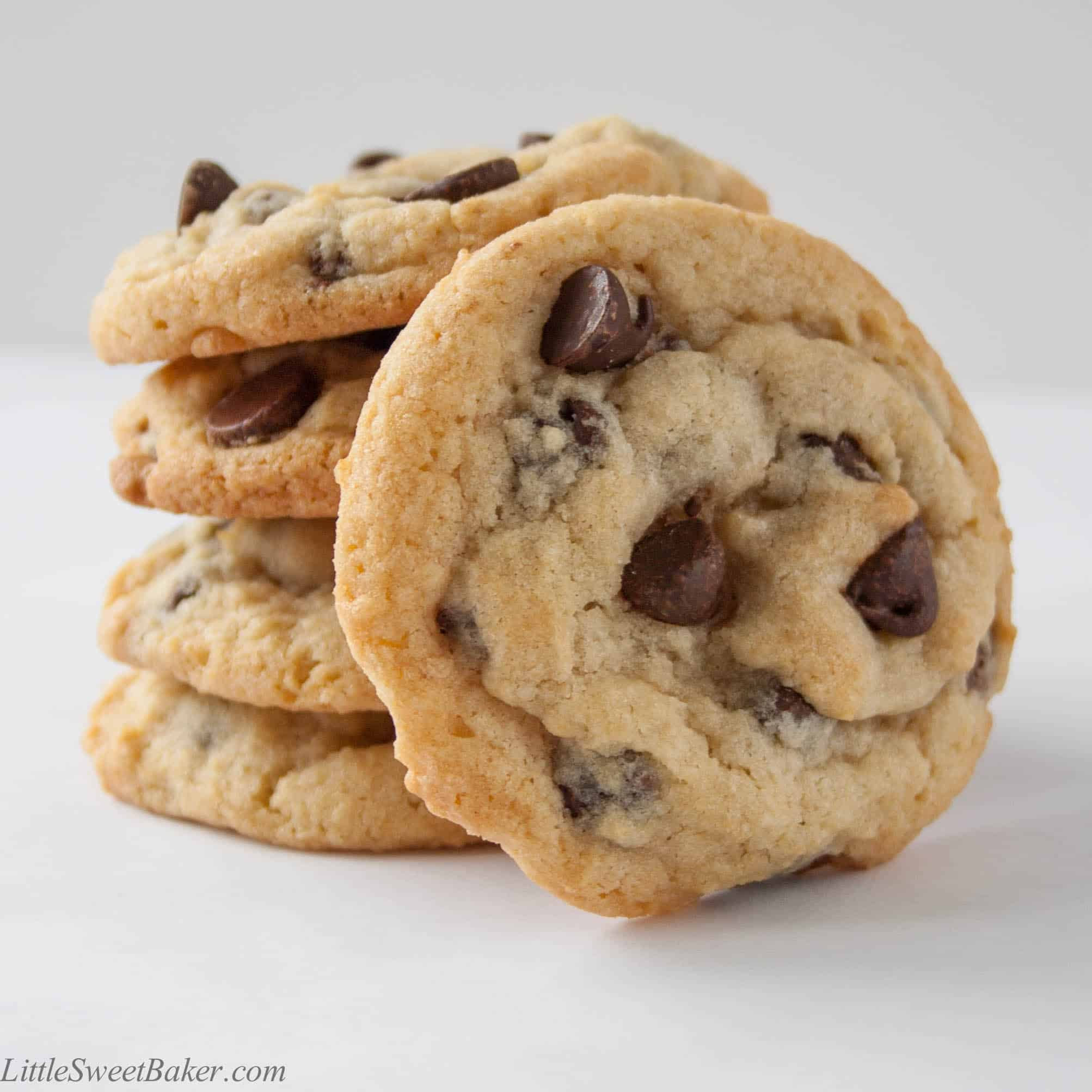 Best Thick Soft Chewy Chocolate Chip Cookies