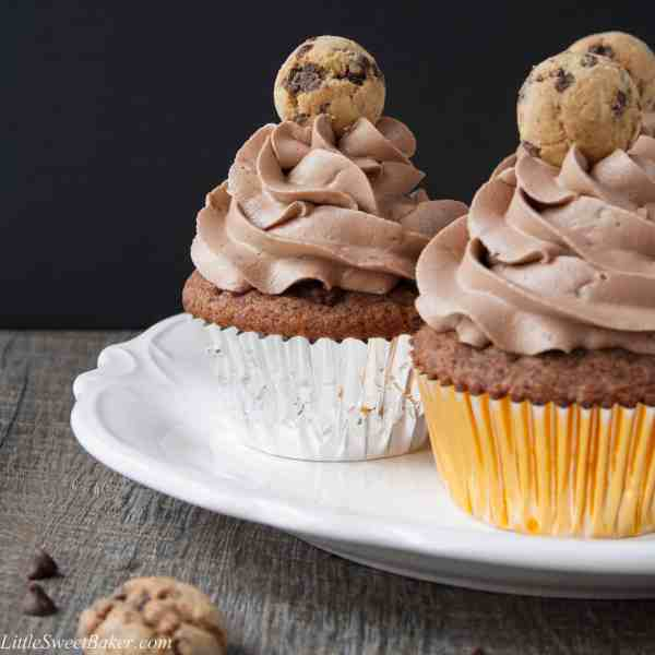 CHOCOLATE CHIP COOKIE CUPCAKES. A soft, moist and flavorful cookie butter cupcake topped with a chocolate cookie frosting. The ultimate chocolate chip cookie lover's dream!
