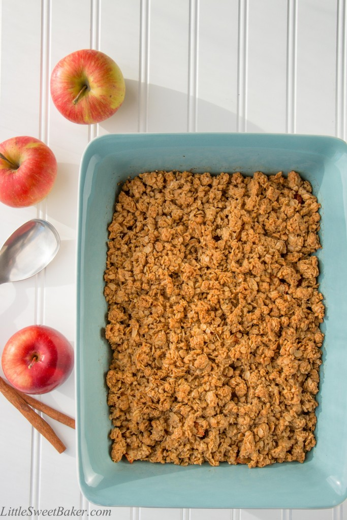 EASY APPLE CRISP. Tender spiced apples topped with a crunchy buttery brown sugar streusel. A delicious dessert for any occasion.