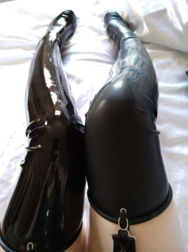 Chlorinated Latex Stockings