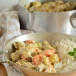 Recette simple, rapide et gourmande de blanquette de veau à l'ancienne accompagnée de riz long grain.