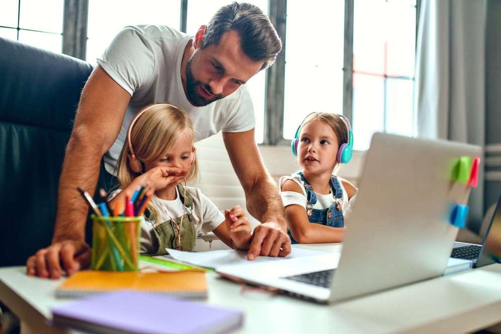 Recette simple, rapide et gourmande du fondant au chocolat et aux poires. un dessert très gourmand et facile à préparer.
