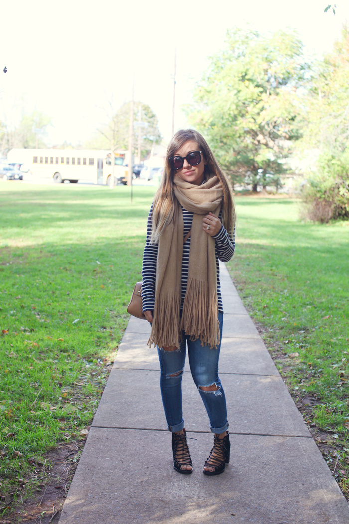 Fashion, lifestyle, and beauty blogger Little Tree Vintage shows us how to style lace up booties, a cozy scarf, and turtleneck for Fall.