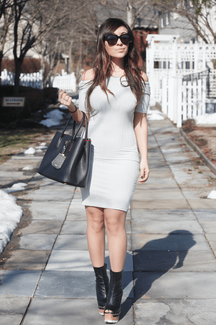 See how to style a bodycon dress with edgy platforms with fashion, lifestyle, and beauty blogger Little Tree Vintage.