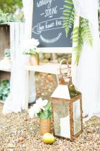 Deluxe Blooms - Wonderful Wedding Suppliers - Little Tree Weddings (5)