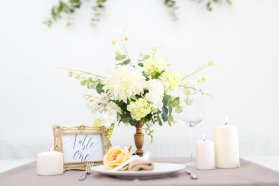 Deluxe Blooms - Wonderful Wedding Suppliers - Little Tree Weddings - LTW (4)