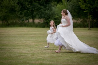 Lisa Lucas Photography - Wonderful Wedding Supplier - Little Tree Weddings (9)
