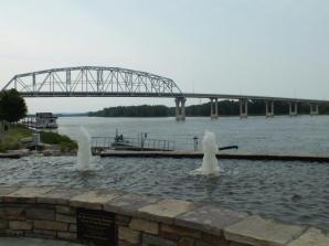BRIDGE OVER THE MISSISSIPPI TO WISCONSIN