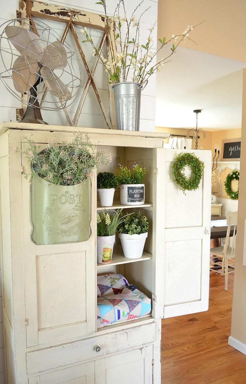 Decor Farmhouse Simple