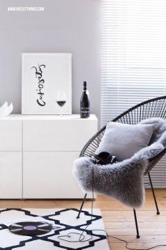 Living room inspo #1 - via nicestthings.com