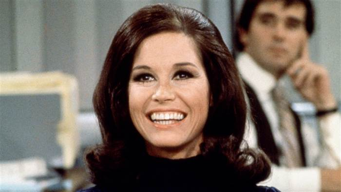 Mary Tyler Moore: No Ordinary Person
