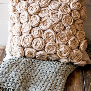 How to DIY a Beautiful Rose Textured Pillow